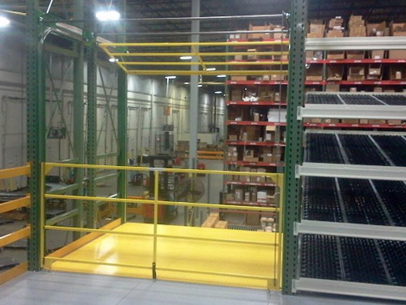 Fall protection in a rack system by the Roly safety gate